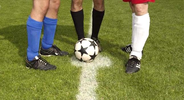 Soccer-Kick-off