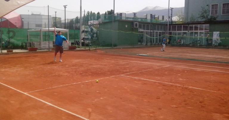 Мастерс и първи благотворителен турнир по тенис
