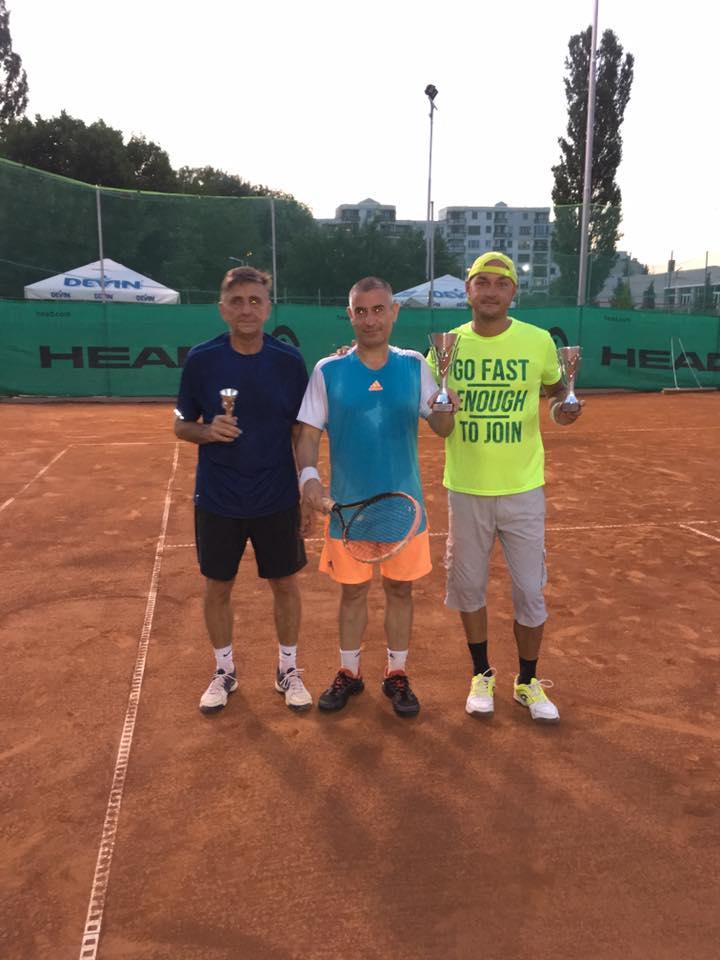 Силен Тенис турнир, първият се знае!:)!, втори и трети станаха Михаил Иванов и Георги Тодоров