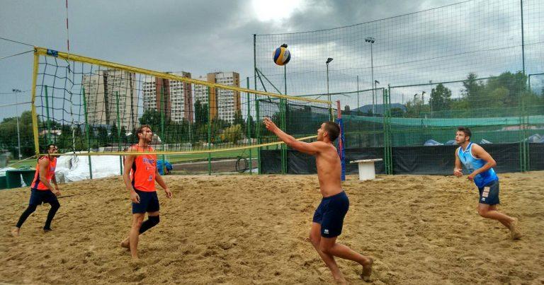 Силен турнир по плажен волейбол през уикенда