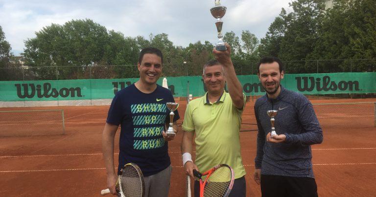 Тихомир Желев – шампион, Иван Радев тръгна да го гони с първа купа