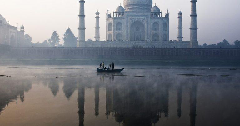 Участвайте на младежкия фестивал за мир в Индия, посетете Тадж махал и Златния храм